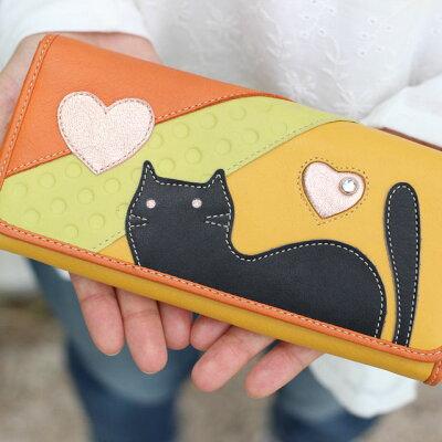 50代女性に人気の「アニマルモチーフ」の財布
