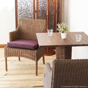 @CBiアジアンエスニックな籐の椅子