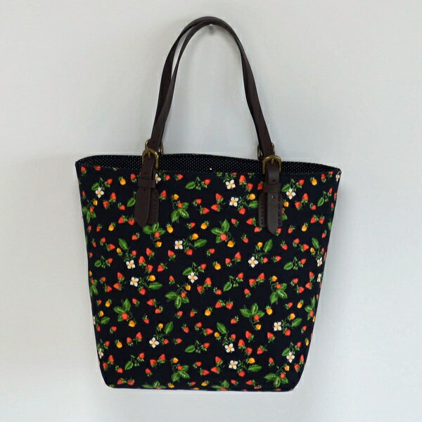 トートバッグ ブラックベリー×水玉黒 トートバッグレディス 通勤通学 ママバッグ 軽量 花柄 上品で可愛い ハンドメイド 水玉