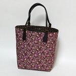 女子の定番花柄のトートバッグ