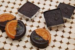 銀座ル・ブランのオレンジの甘味と皮の渋みが絶妙の「ガレットオランジェ」と濃厚なチョコレー...