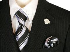 【レンタル/160〜165サイズ/スーツ】MICHIKO LONDON 2011年入荷★高級感溢れるブラック縞スーツ(白シャツ襟ステッチ加工)