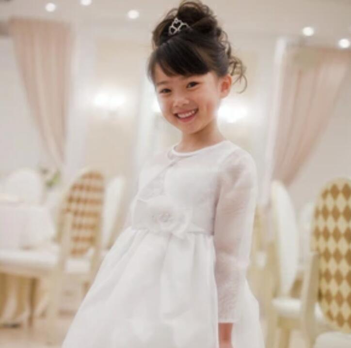 【レンタル】【レンタル/100 110 120 130 140 150 160サイズ/v-01】オーガンジー長袖ボレロ(ホワイト) ドレスのデザインを損なわないシンプルデザイン