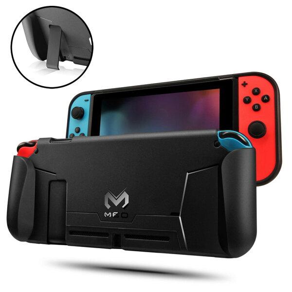NintendoSwitch専用ハンドグリップ付き本体カバーケースTPU衝撃吸収保護傷防止柔らかい素材スイッチアクセサリー◇FA