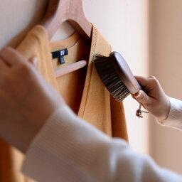 日本製 洋服ブラシ 馬毛 ショージワークス ウォールナット洋服ブラシ カシミア・シルク用 CB-2 カシミヤ ニット コート ストール セーター ブラシ
