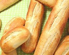 お家でパリの三ツ星レストラン フランスパンが焼きたて、シアワセ♪★バゲット入荷しました。...