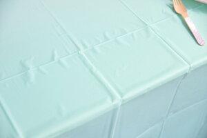あす楽!amscan【テーブルクロス】使い捨てテーブルクロスロビンズエッグブループラスチック製テーブルカバーお誕生日会パーティーのテーブルコーディネートに