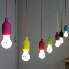 スマイルランプ 電池式 電球型LEDライト SMILE LAMP
