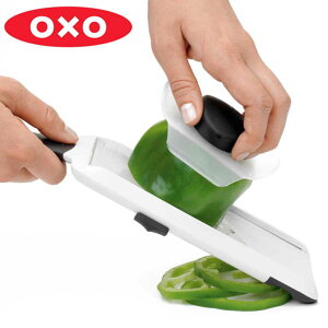 OXO オクソー ハンディスライサー ( スライサー スライス プロテクター付き キッチン用品 キッチンツール 便利グッズ )