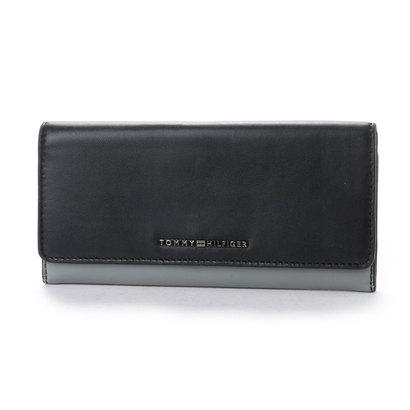 c6724e3fa02d トミーヒルフィガー TOMMY HILFIGER スリムレザーフラップウォレット 。スリムレザーを採用した柔らかくソフトな肌さわりの長財布です。使っていくうちに馴染んでいき  ...