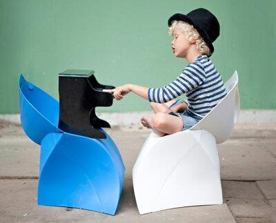折り紙みたいな椅子