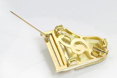 楽器GAKKIピアノ(pianoグランドピアノ)ブローチK18/PT9003本の足つきで立体オブジェにも!/黄(イエロー)/セレクトジュエリー・新品/届10/ラックジュエルluckjewel/