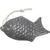 鳥部製作所 鉄の健康鯛 ※メール便でのお届けは2個までとなります。 (日本製・国産・鉄鋳物・鉄分・漬物の色つけ・魚型・yp1804)