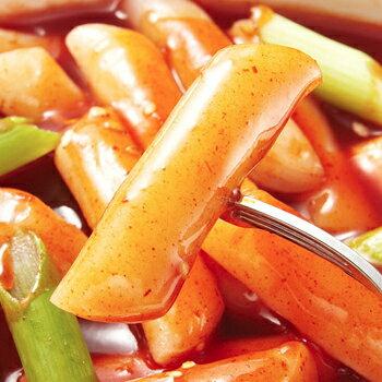 【新商品】モチモチ 即席チーズヨポッキ韓国風激辛味 140g*12個 即席カップトッポキ トッポギ トッポッキ トッポキ インスタント おやつ 韓国食品