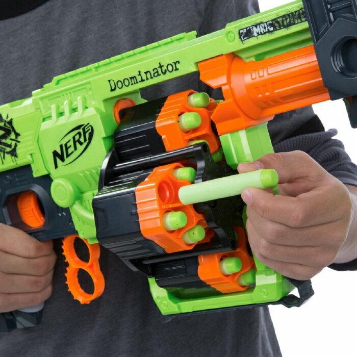 ゾンビストライクドゥーミーネーターブラスター ナーフ  Nerf Zombie Strike Doominator BlasterB1532 並行輸入品【新品】