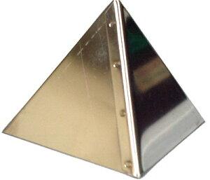 ピラミッドボンブ型