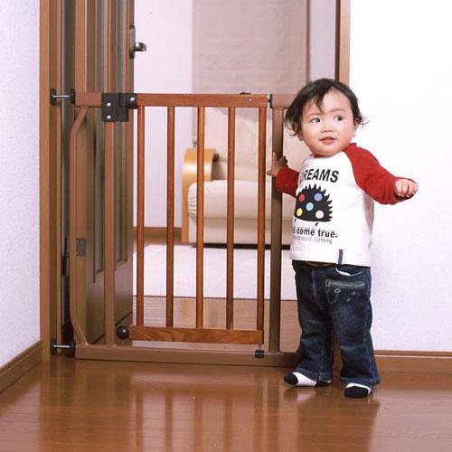 オートクローズ式 とびら木製ベビーゲートHS-902WE 【安全対策/セーフ...