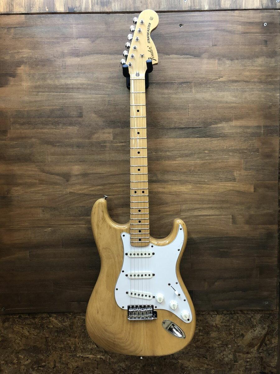 ギター, エレキギター Fender Japan ST72 ST