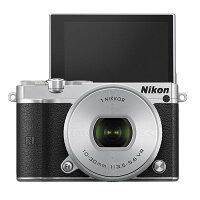 《新品》Nikon(ニコン)Nikon1J5標準パワーズームレンズキットシルバー【SandiskmicroSDHCUHS-I8GBプレゼント/数量限定】[ミラーレス一眼カメラ|デジタル一眼カメラ|デジタルカメラ]発売予定日:2015年4月下旬