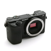 《新品》SONY(ソニー)α6000ボディILCE-6000Bブラック[ミラーレス一眼カメラ|デジタル一眼カメラ|デジタルカメラ]【¥5,000-キャッシュバック対象】