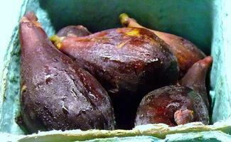 フレッシュ カリフォルニア 黒イチジク 約1kg入り 毎週金か土曜日・火曜日入荷予定