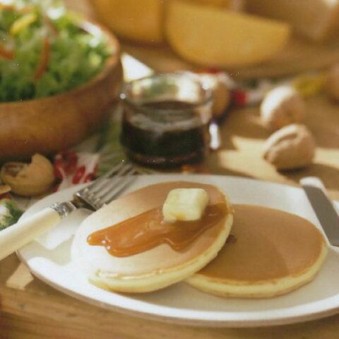 【バターミルクパンケーキ16袋】ホットケーキ パンケーキ ヨーグルト風味 ミルク風味 朝食 カルシウム 冷凍 直径11cm 甘さ控えめ マリンフード