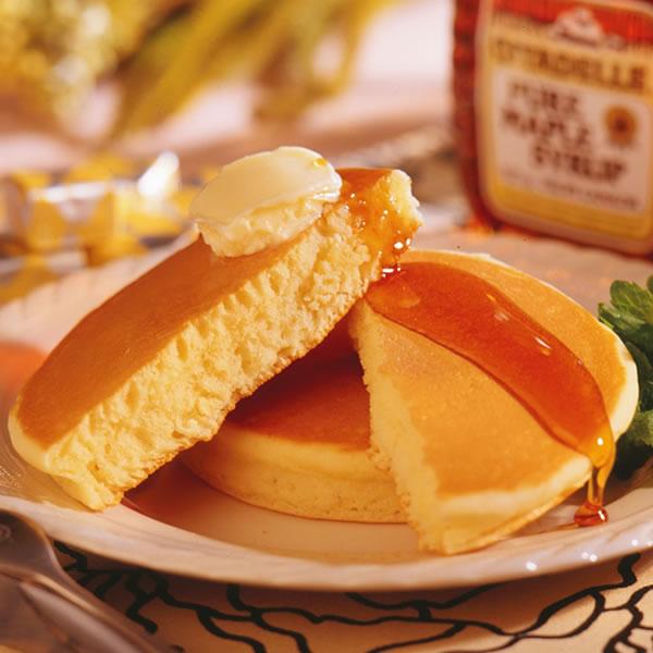 【国産原料で作った厚焼きホットケーキ】厚焼き ホットケーキ パンケーキ 北海道産 小麦 牛乳 バター メープルシロップ セット 詰め合わせ ギフト 贈り物 直径11.5cm 冷凍 マリンフード