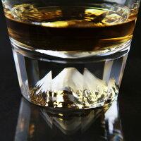 ウィスキーを入れるとさらに高級感が増します。