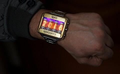 ニキシー管 時計 ニキシー 腕時計 ニクシーチューブZ-5900 レトロ