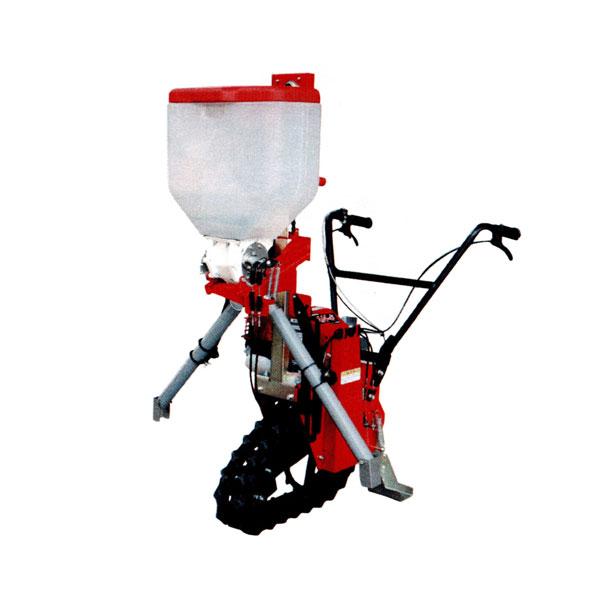 みのる産業『クローラ式追肥機』