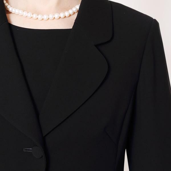ラウンディッシュテーラードスーツ[喪服 礼服 黒 レディース 試着 ママ 母 ミセス 30代 40代 大きいサイズ かわいい メーカー直売 直売][5号,7号,9号,11号,13号,15号,17号,19号,21号] MK-0108