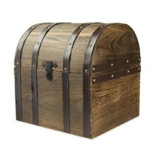 木製のオールド感漂うデザイン。内部はワインが6本悠々と入る広々スペース。宝箱らしく、細部の...