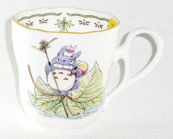 ノリタケかわいいトトロ(葉っぱ遊び)【マグカップ】