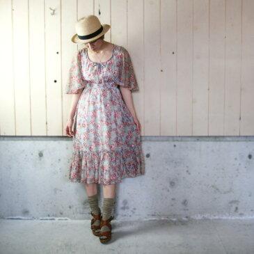 【セール】70年代頃のヴィンテージ花柄フレアスリーブドレス 【中古】