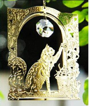 光と影が楽しめる、可愛いサンキャッチャー猫のウインドージュエリー コテージキャット