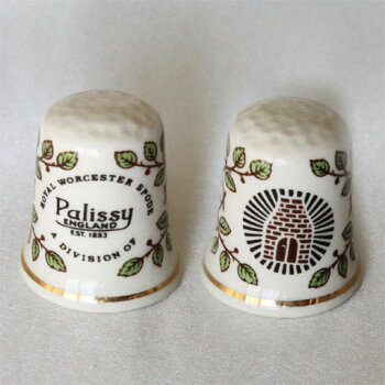 パリシー(Palissy)HallmarkofWGPH世界の名窯のホールマークメーカーのマークをシンブルにデザインシンブル(指ぬき)