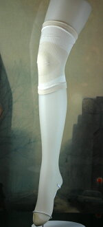Recommend silk knee supporters, unisex one size fits all length 22 cm: width 20 cm ~ 30 cm high power telescopic: Kobe silk made in Japan Made in Japan
