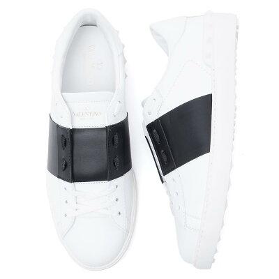 Valentino30代メンズにおすすめの白スニーカー