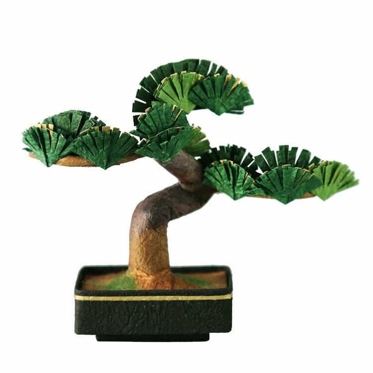 ミニ盆栽松の緑