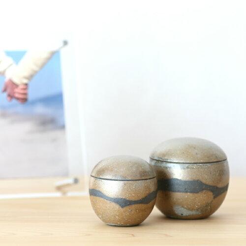 信楽焼の手元供養用骨壷ふるさと・風球型タイプMサイズ納骨袋付