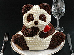 今年は上野のパンダが熱かったですね〜。みんなの集まるお正月のケーキにいかが?ちびっこウケ抜群です!