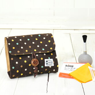 Camera girl ♪ cute pouch and camera clean set / モカドット