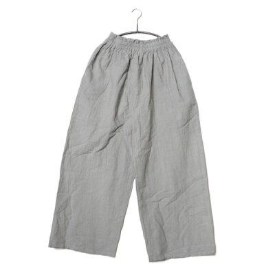 ユニセックスのパンツです。裾もすぼまっていない涼しく快適なパンツ。春夏秋の仕様です。160 c...