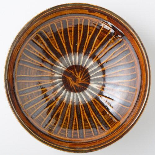 小鹿田焼 黒木富雄窯 九寸切立鉢 刷毛目 飴 大鉢です。煮しめなんかをドンと。あるいは中華の炒め物など。迫力があります。人の集まる機会にテーブルの真ん中に。