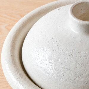 【伊賀焼】古典模様にも通じる縁起の良い形状をした土鍋です。約10号サイズで、4〜5人用。品質...