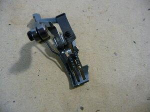 ペガサスミシンモデルNO−ETS-52型2列用押さえと送り歯(厚物)