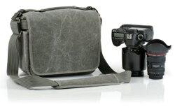 シンクタンクフォトレトロスペクティブ10【プロ用一眼レフレンズキットと70-200mmF2.8レンズ収納可能なカメラバッグ】『2010年7月8日発売予定予約』