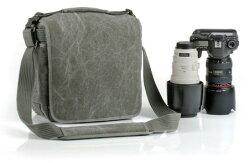 シンクタンクフォトレトロスペクティブ20【プロ用一眼レフ+大口径標準レンズキットと70-200mmF2.8レンズ収納可能なカメラバッグ】『2010年7月8日発売予定予約』