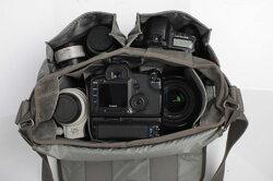 シンクタンクフォトレトロスペクティブ30【プロ用一眼レフレンズキットと70-200mmF2.8レンズ,大口径広角3Lズームが収納可能なカメラバッグ】『2010年7月8日発売予定予約』