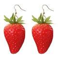 3Dストロベリーリアルステンレスピアス/1個販売20G20ゲージ果物食玩食べ物フルーツいちごイチゴ苺おもしろオモシロサージカルステンレス316Lユニークメンズレディース揺れるフックアクリルプラスティックプレゼントギフトアメリカンピアス立体